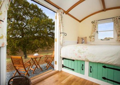 Shepherds-hut-valley-1